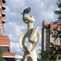 Птицы и скульптуры :: Андрей Алимов