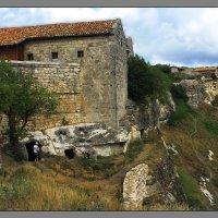 Древние стены Чуфут-Кале (АР Крым) :: L Nick