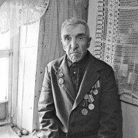 Старый солдат Иван Днилович Еськов :: Александр Семенов