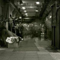 Движение в винтажном цехе :: Alex Sokolov