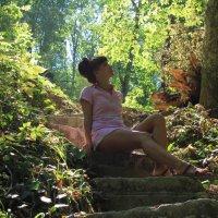 в лесу :: Ольга Фил