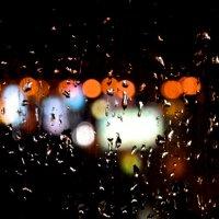 Дождь за окном :: Евгений Лисниченко