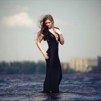 Дива тёмной воды :: Сергей Паршин