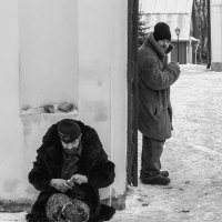 У церкви. :: Ирина Чикида