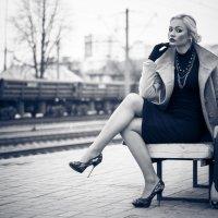 в ожидании поезда :: Андрей Дзюбенко