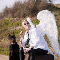 Ангел-искуситель :: Оксана Романенко