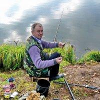 дядя Толя - рыбья смерть :: gribushko грибушко Николай