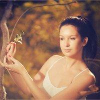 осенние танцы в волшебном лесу :: Евгений nibumbum