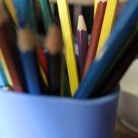карандаши :: Nika Strawberry