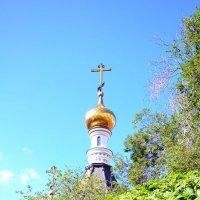 Возвышается крест.. :: Виталий Дарханов