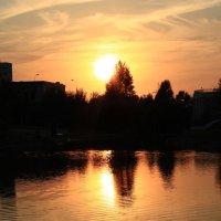 Солнце заходит :: Андрей Сорокин