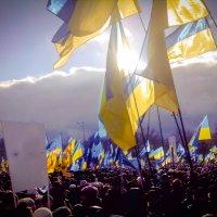 Митинг связный с евроинтеграцией в Харькове 2 :: Александр Сальтевский