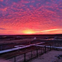 раннее утреннее небо :: Игорь Пожалуйстин