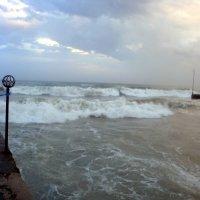 шторм сридеземного моря :: Polina