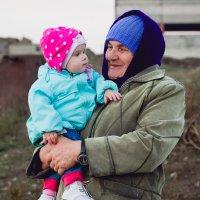 у бабушки в деревне :: Наталья Куликова