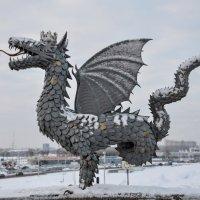 дрокон защищающий Казань :: Вера Аверьянова