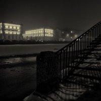 Дом за рекой... :: Антон Смульский