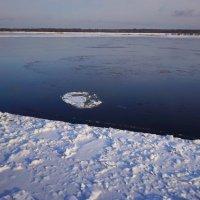 Лед на Каме :: Алексей Golovchenko