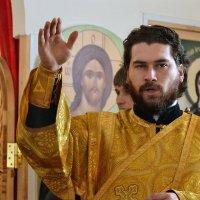 На литургии. :: Анатолий Сидоренков