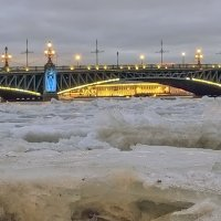 Льды на Неве :: Valerii Ivanov