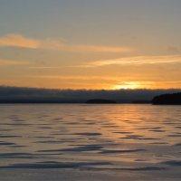 Утро на озере Лаппаярви :: Ksenia Crocker