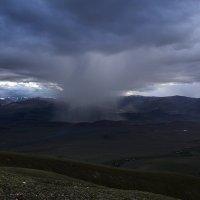 Местами дожди :: Артем Головин