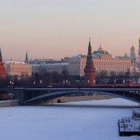 Вид с Патриаршего моста. :: Ольга