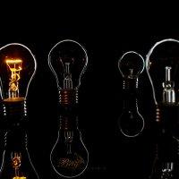 Серия лампочки :: Victor Brig