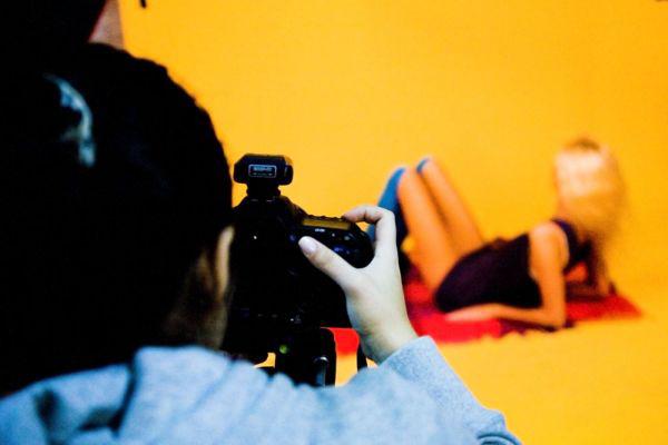 Как стать глянцевым фотографом?