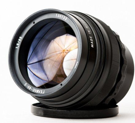 Объектив Гелиос 40-2 теперь для Canon и Niкon