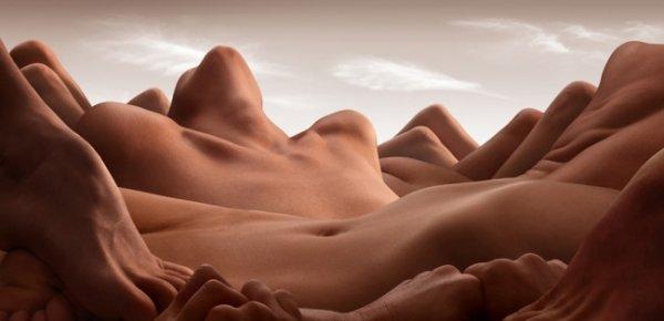 Обнаженные ландшафты - женская красота и мужские очертания на фото