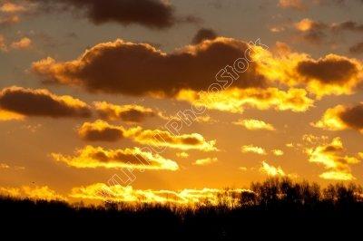 В помощь художникам и фотографам - бесплатные фото неба и закатов!