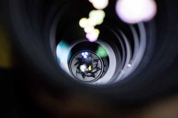 Как правильно испортить фотокамеру или объектив во время солнечного затмения