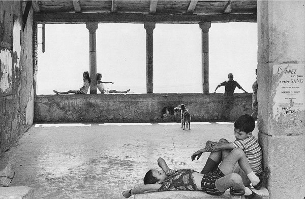 a biography of cartier bresson a french photographer