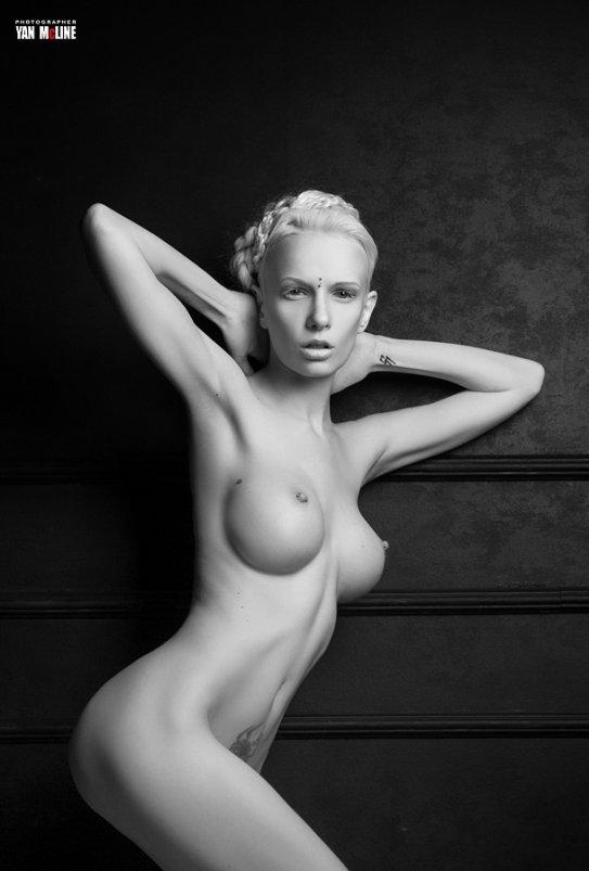 Алиса богарт голая фото