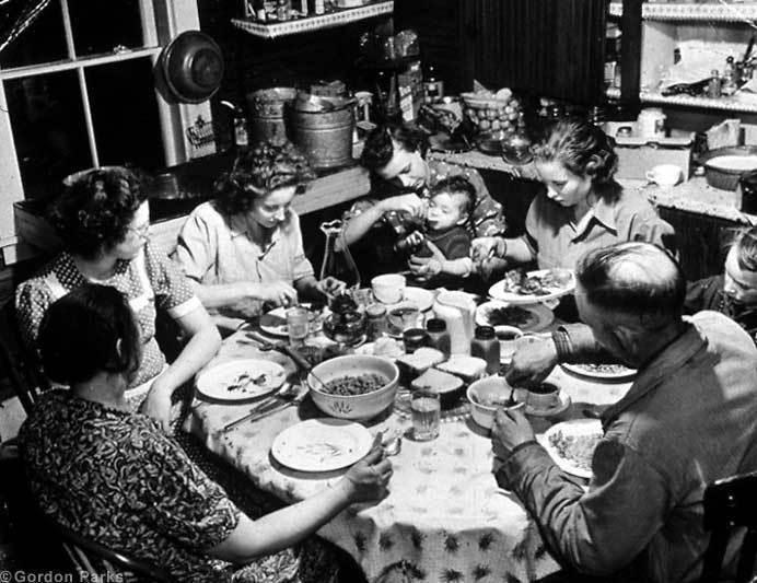 черно белое фото семья