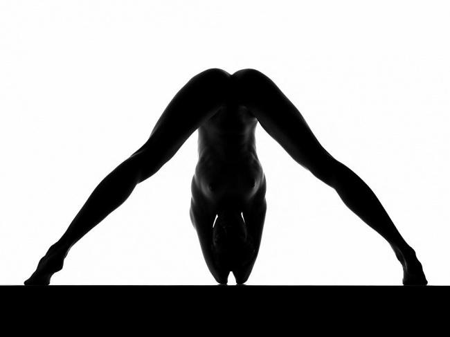 zhenskoe-obnazhennoe-telo