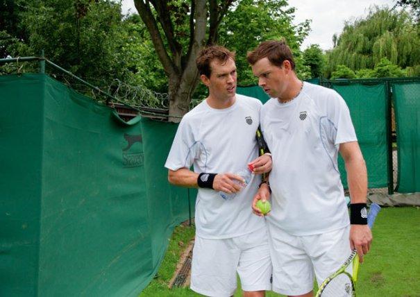 теннисисты Майк и Боб Брайан(фото:Jodi Cobb)