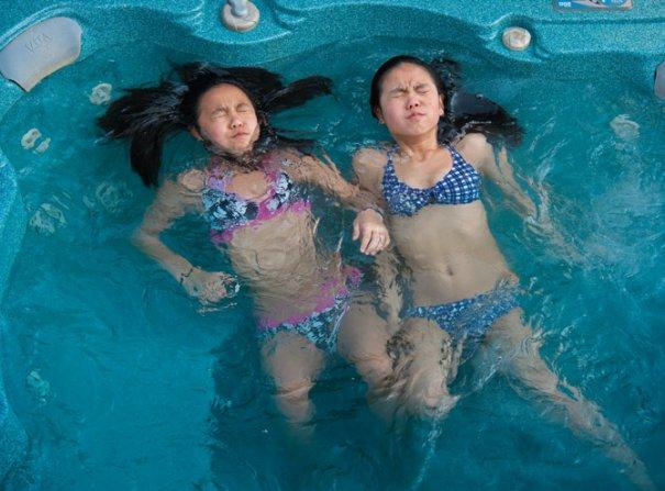 Разлученные близнецы(фото:Jodi Cobb)