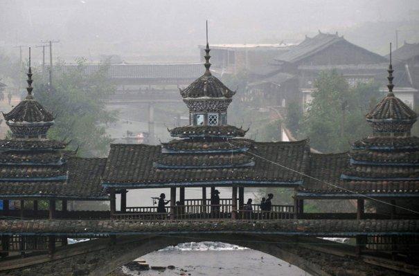 регион Донг, переходной мостик к горам Кам Гранд Тангу