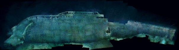 Первый полный вид боковой части Титаника с момента крушения.