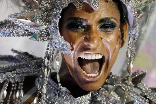 Бразильский карнавал.