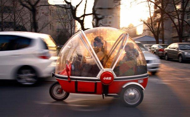 Капсульная машина - электричсекий трицикл, фото: David Gray