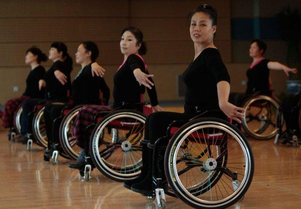 Школа танца для инвалидов, фото:Jason Lee