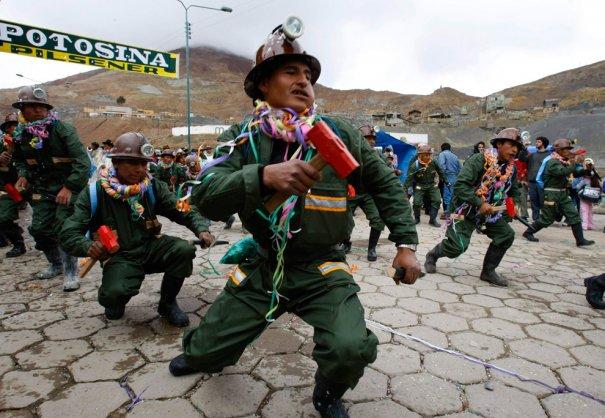 """""""Танец пожарников!"""", Боливия, фото:David Mercado"""