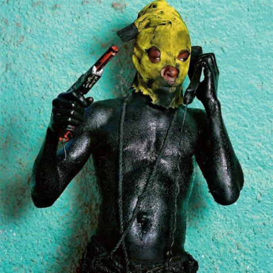 """Попытка показать современную политическую ситуацию: маскарадный костюм """"Революция"""""""