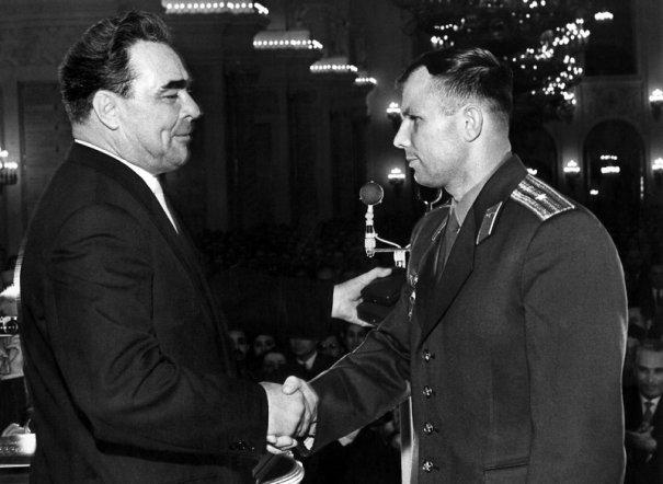 Поздравления Леонида Брежнева, 14 апреля 1961 год