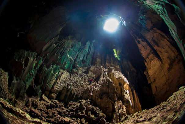 Пещера Ниах, Национальный парк на острове Борнео, Малайзия, фото:David Loh