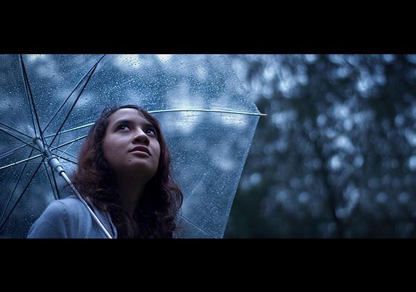"""""""Девушка с зонтом"""", фото: Nasir Ali"""