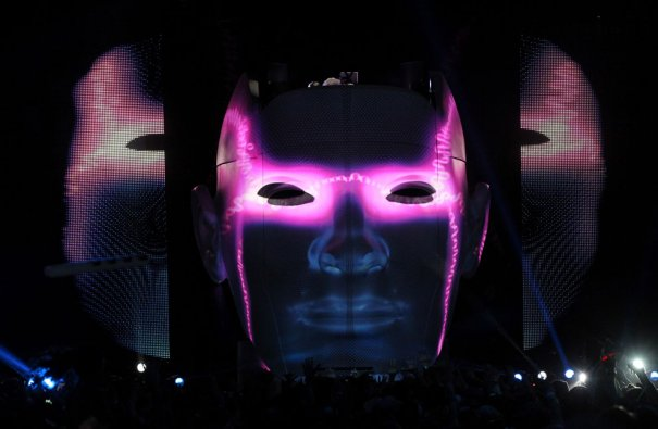 Представление от  DJ  Avicii, фото:Mark Davis